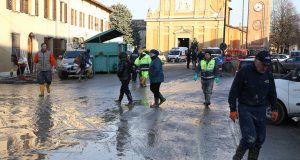 alluvione-lentigione-brescello-fango-sfollati-reggio-emilia-reggionline-foto-Corrado-Bertozzi-Elite-28
