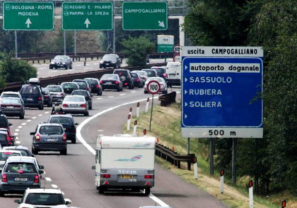Opere pubbliche: M5S a De Micheli: siamo in maggioranza insieme si discutano le priorità. Bene raddoppio Pontremolese e ferrovie, manutenzione esistente come E45 e potenziamento infrastrutture idriche esistenti. Autostrada Cispadana e Tibre non sono per noi prioritarie